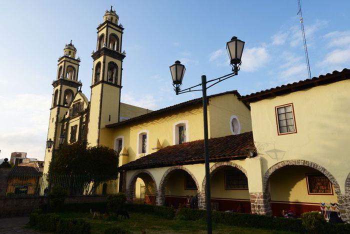Iglesia de Zacatlán.