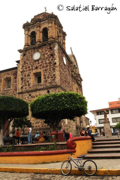 Iglesia en centro de Tequila, Jal.