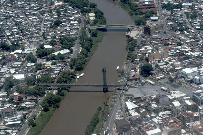 Villahermosa. Centro y río.