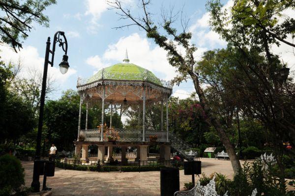 Kiosco y Jardín de San Marcos en Aguascalientes.