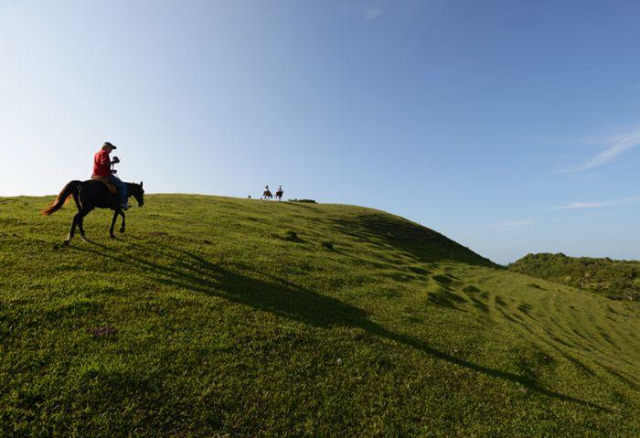Cabalgata en la cima del Cerro Farallón de Tumilco.
