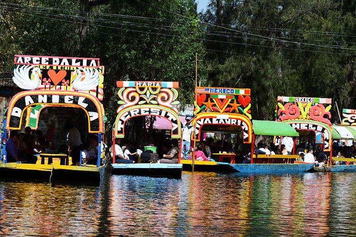 Trajineras en Xochimilco.