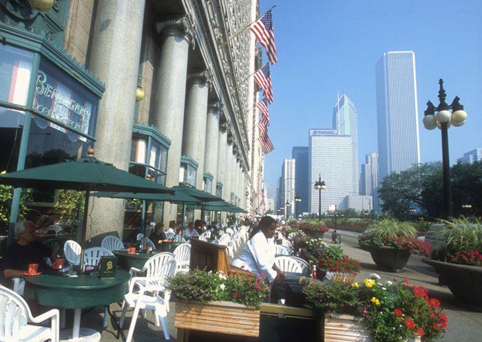 Flores y jardines en restaurantes del centro de Chicago.
