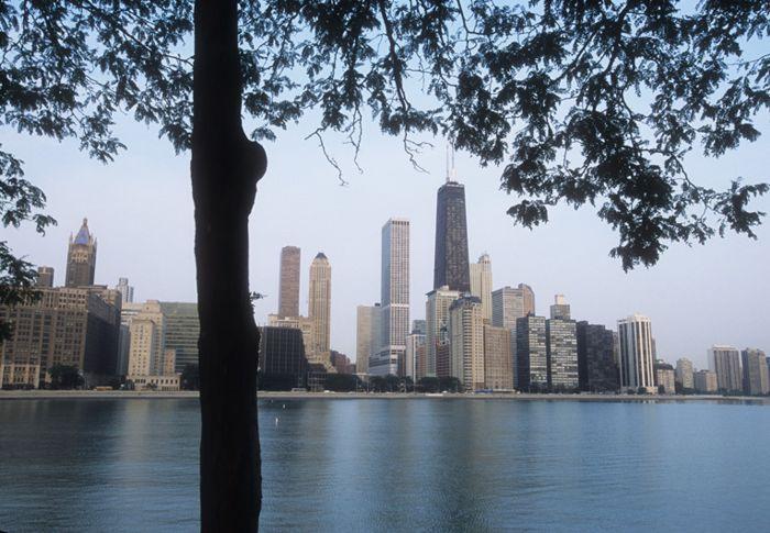 Lago Michigan y el skyline del centro de Chicago.