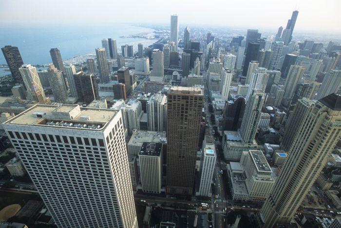 Centro de Chicago junto a Lago Michigan desde mirador Hancok.