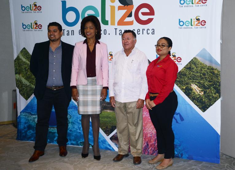 Autoridades de Belice, Maynor Larrieu, Karen Bevans, Manuel Heredia y Deborah Gilharry