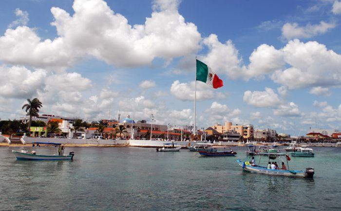 Vista al arribar por barco al centro de Cozumel