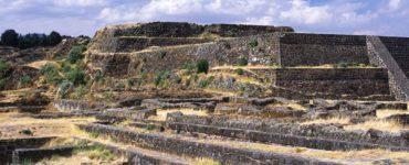 Teotenango, piramides en la cima del cerro.