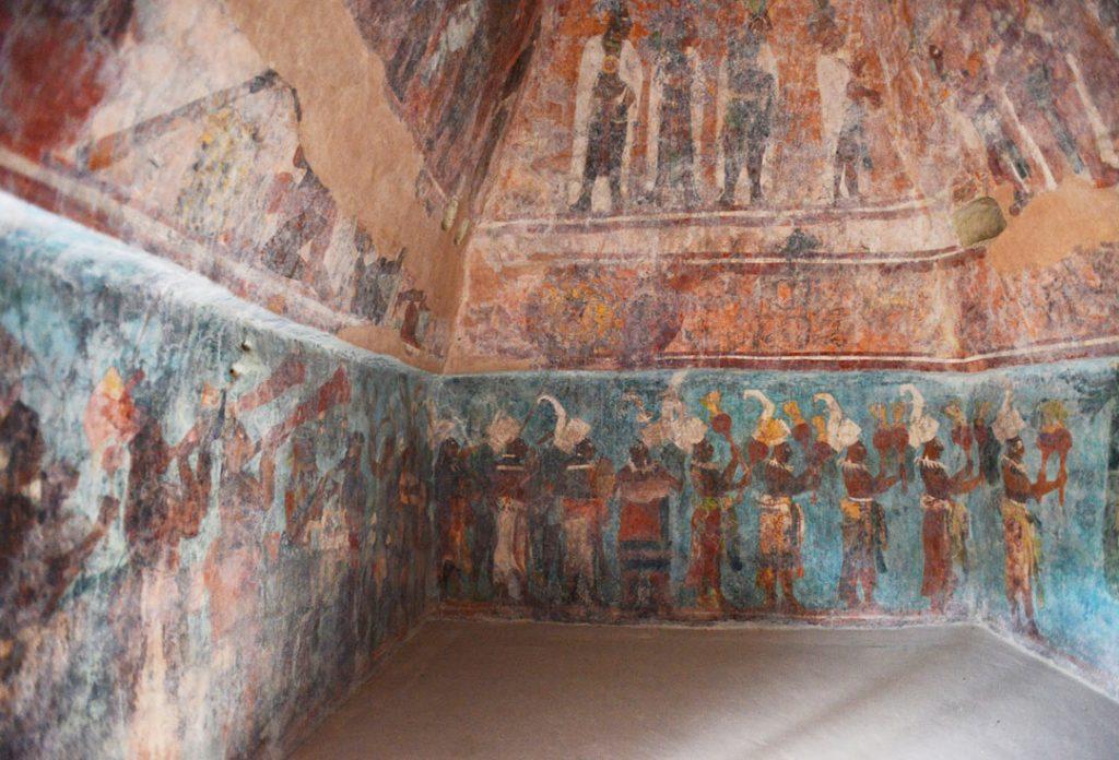 Pinturas murales con escenas importantes en la historia de Bonampak, Chis.